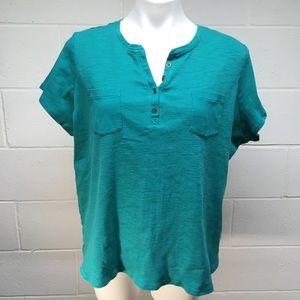 ☀️ 3/$15 Liz Claiborne T-Shirt